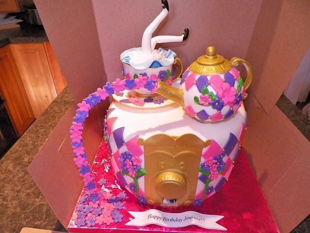 Cake by Rashawnda Martin of Posh Creations Bakery