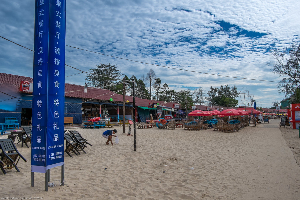 writing about kampong som hotels