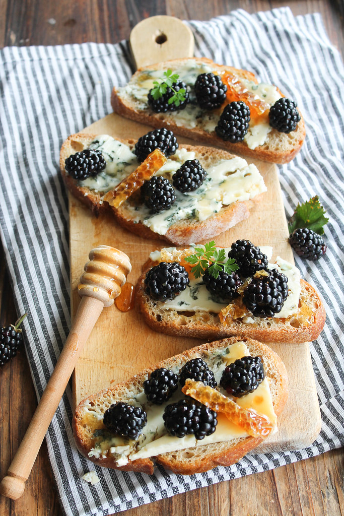 Tartines au roquefort