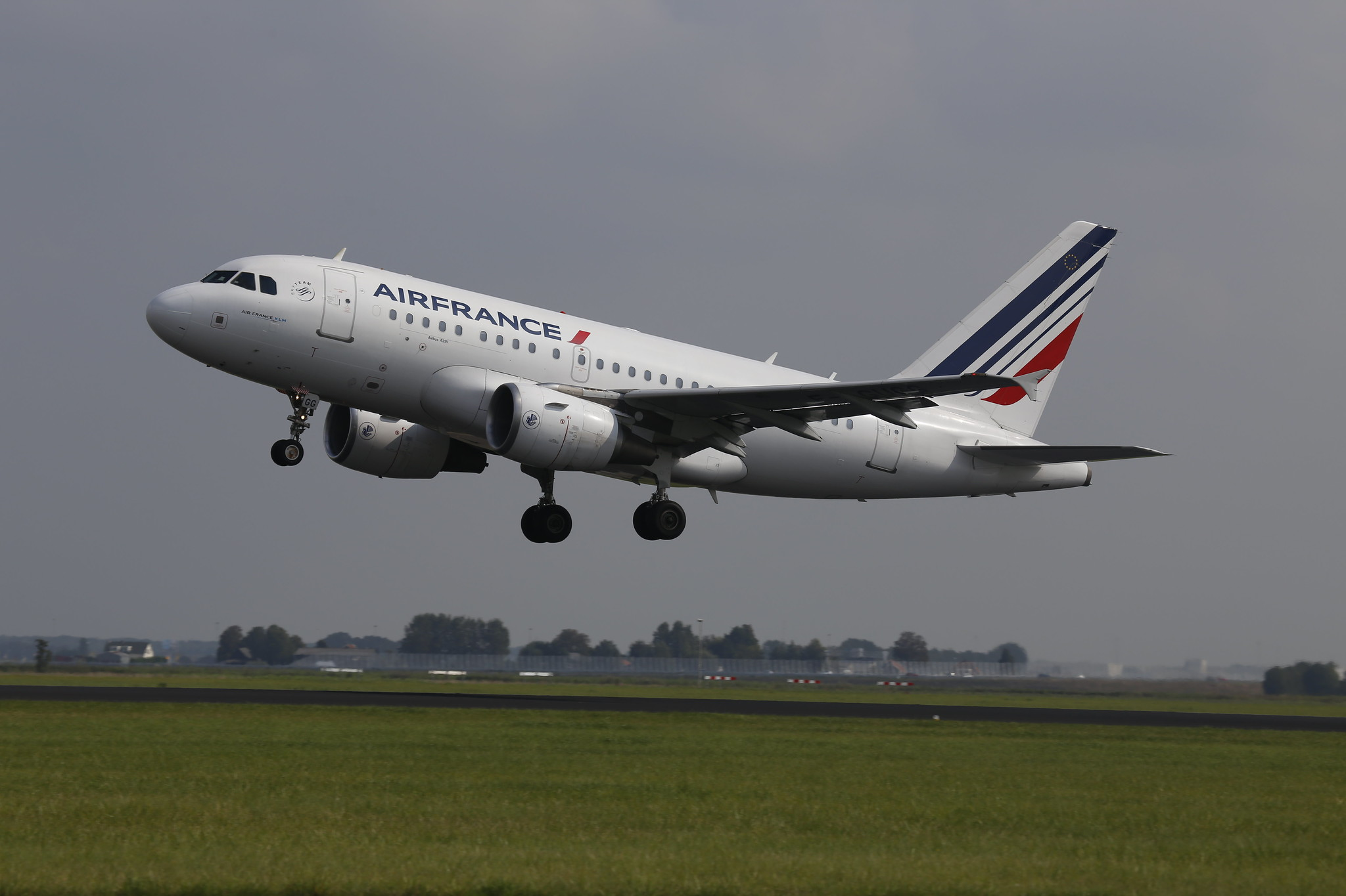 Air France A318 - F-GUGG