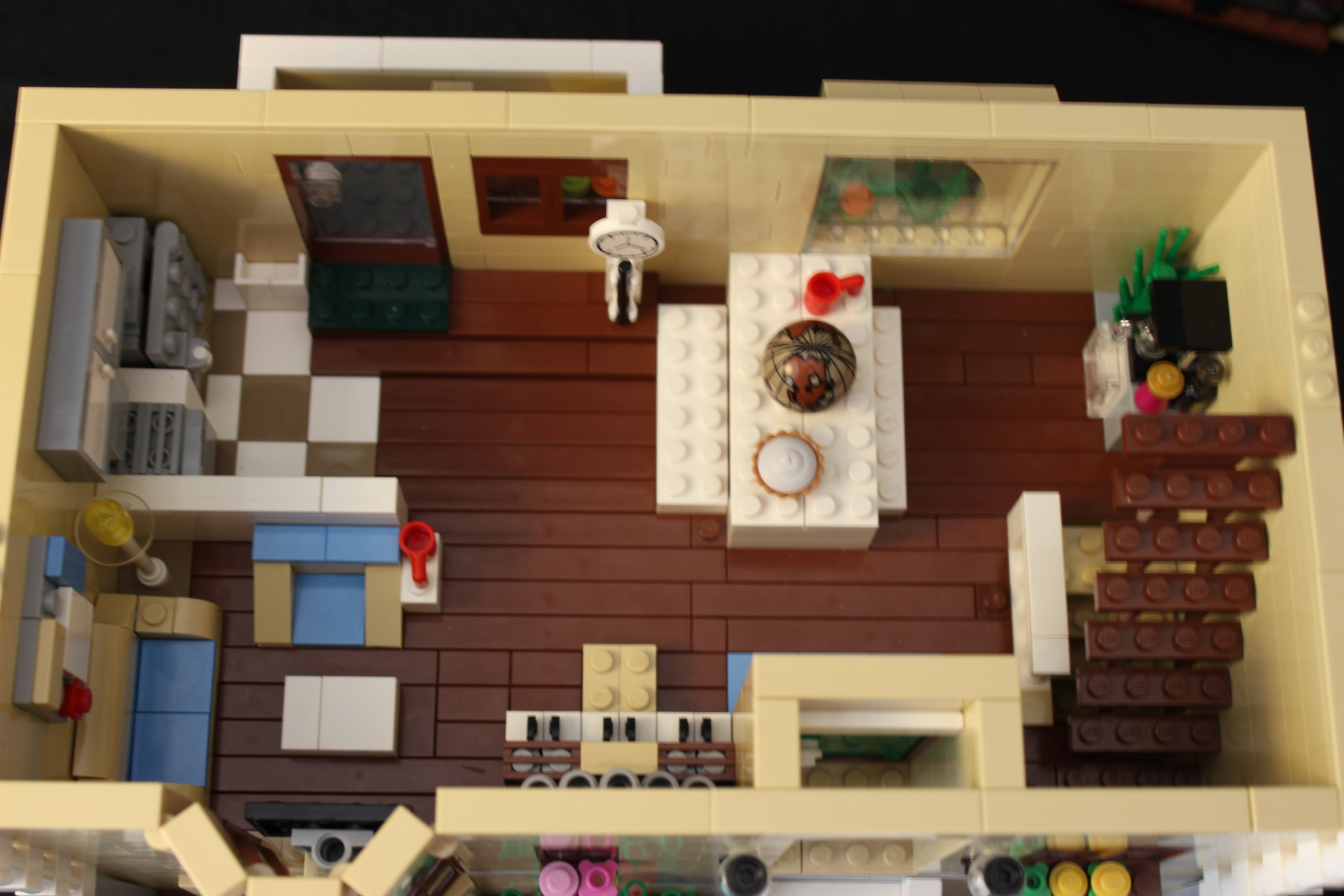 Moc Simpson S Style Mansion Lego Town Eurobricks Forums