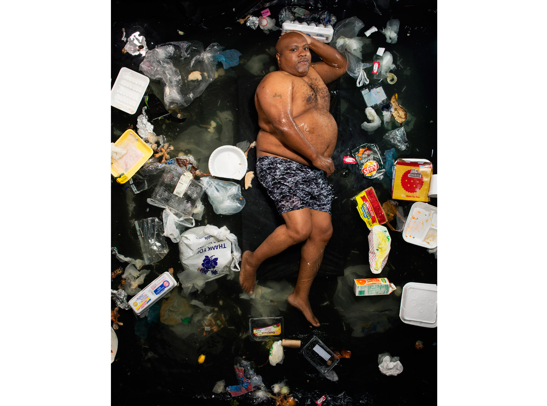 與你的垃圾共枕眠:上帝用七天創造世界,人類用七天創造垃圾4