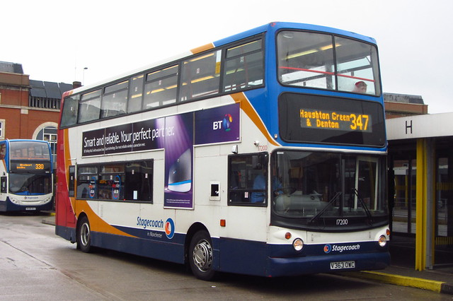 Dennis Trident Stagecoach Manchester V363 OWC, Ashton-under-Lyne bus station