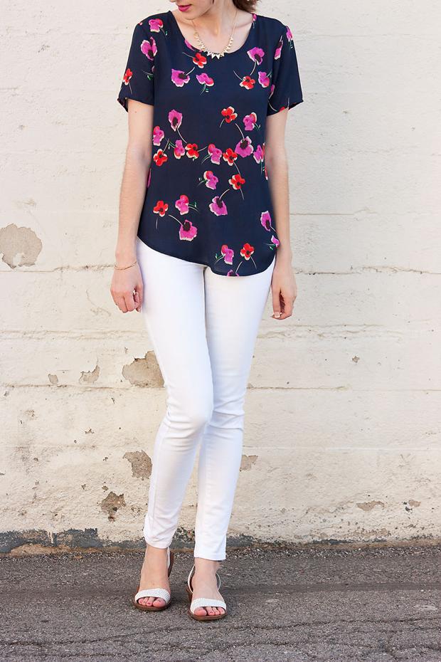 Pleione Floral Top, Brandzaffair, White Jeans
