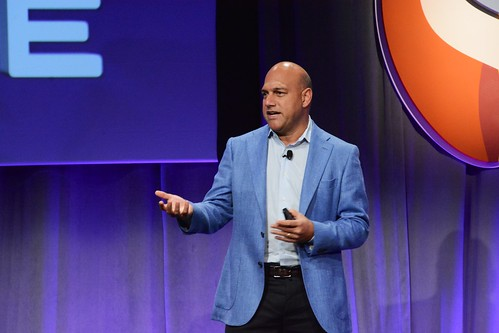 Exponential Organizations: Transforming Your Company - Salim Ismail, Global Ambassador, Singularity University.