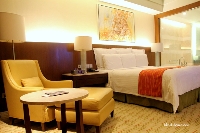 Manila Marriott Hotel Deluxe Room