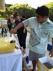 """Chef Mark Noguchi, mixing """"Island Gal"""" for #galswithLEI"""