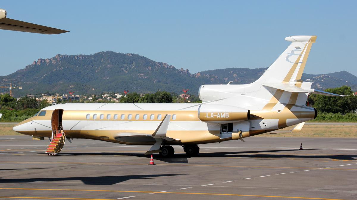 Aéroport de Cannes-Mandelieu [LFMD-CEQ] Juillet 2015   20125890202_8207e6982a_o