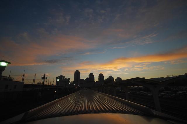 月, 2015-07-20 00:11 - バンクーバー駅に停車中のThe Canadian  The Canadian Vancouver-Jasper