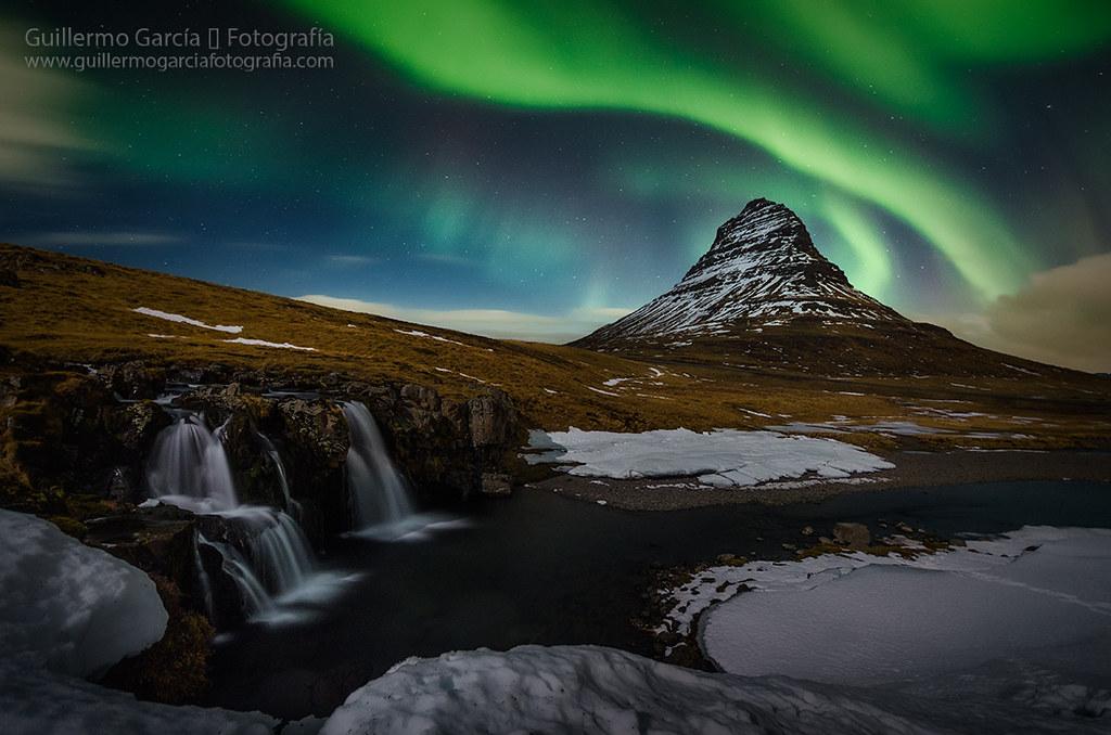 Kirkjufellfoss aurora