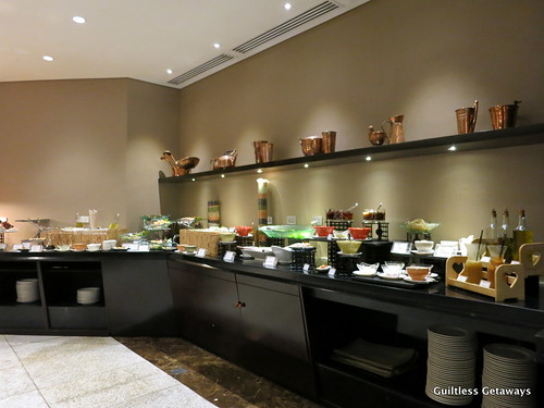 oakwood-nostalgia-lounge-lunch-buffet.jpg