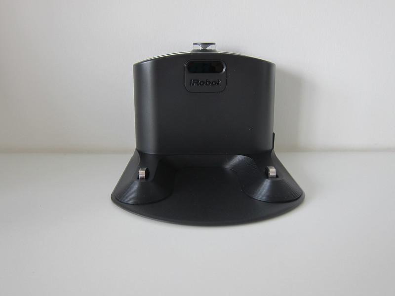 iRobot Roomba 980 - Base - Front