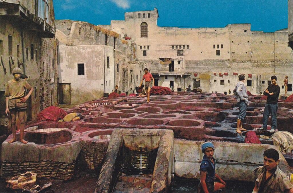 Tannerie de Fès sur une carte postale retro.