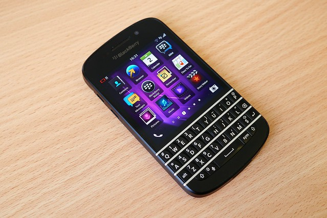 Blackberry_Q10_home_screen