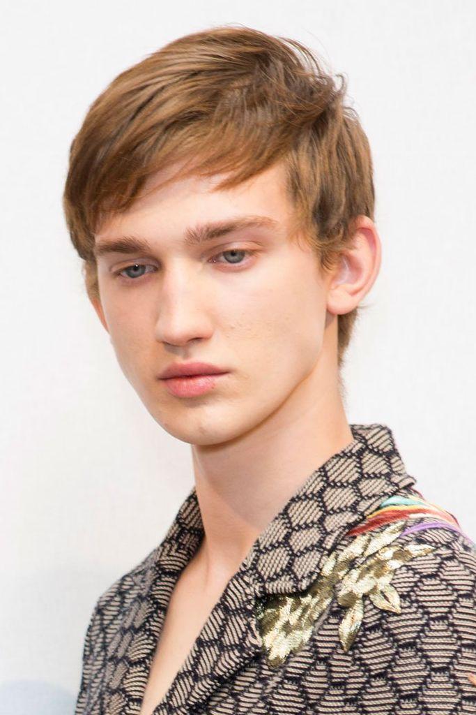 Eugen Ivanov3074_1_SS16 Milan Gucci_Lucas Jayden Satherley(fashionising.com)