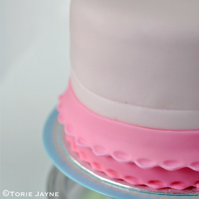 Adding frills to cake