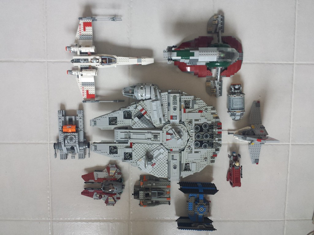 Lego Millennium Falcon scale photo