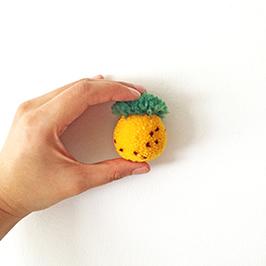 Pineapple Pom Pom