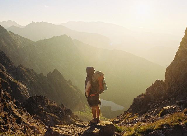 Faire le tour du monde, et voir la nature immense autour de soi...