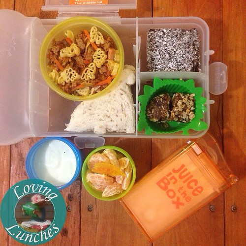 Loving Honey's dinosaur themed @nudefoodmovers for tomorrow's daycare lunch… ledtover pasta, dino sandwich, yoghurt, mandarin, lamington treat, muesli bites and milk in her @boardwalkimports #juiceinthebox