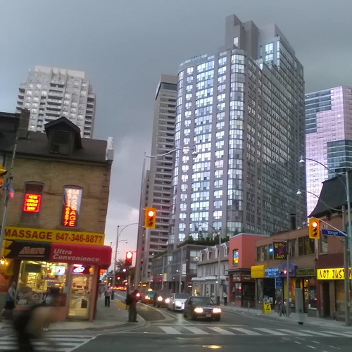 Storm coming, Wellesley at Yonge #toronto #wellesleystreet #yongestreet #evening #storm #clouds