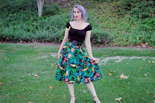 Pinup Girl Clothing Doris skirt in parrot print