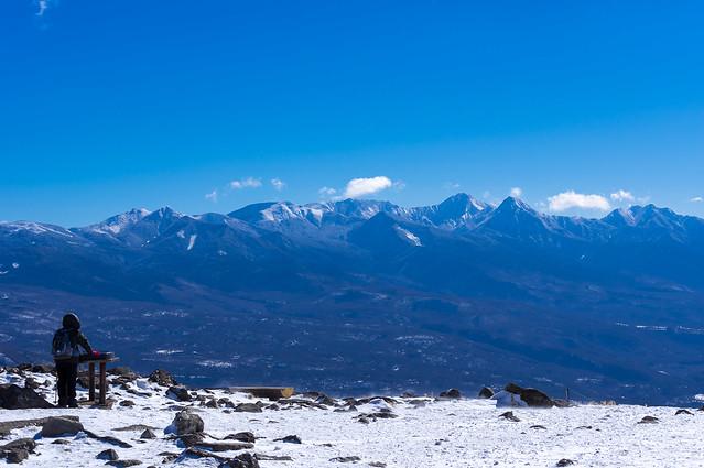 八ヶ岳を仰ぐ