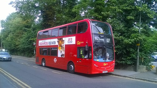 Go Ahead London General (Metrobus) - SN61DDO E215 - London bus route 127 (Purley - Tooting Broadway)