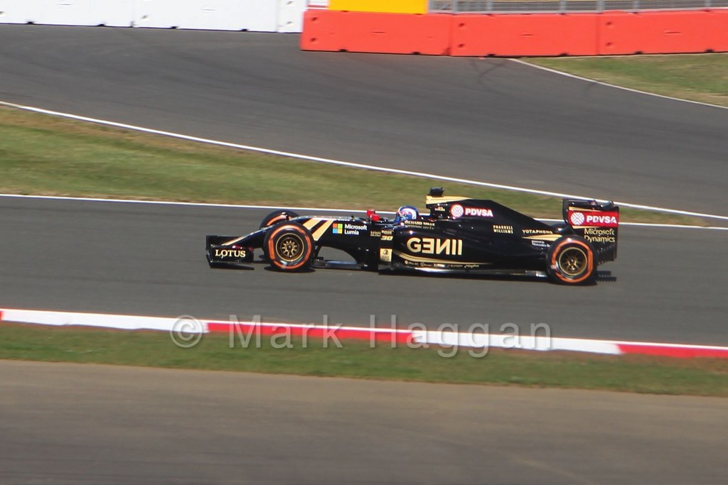 Jolyon Palmer in Free Practice 1 at the 2015 British Grand Prix