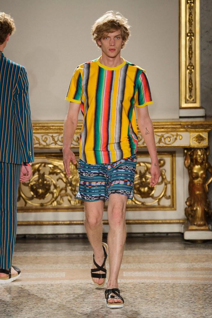 Paul Boche3677_2_SS16 Milan Stella Jean(fashionising.com)