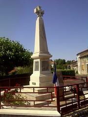 86-Genouillé* - Photo of Charroux