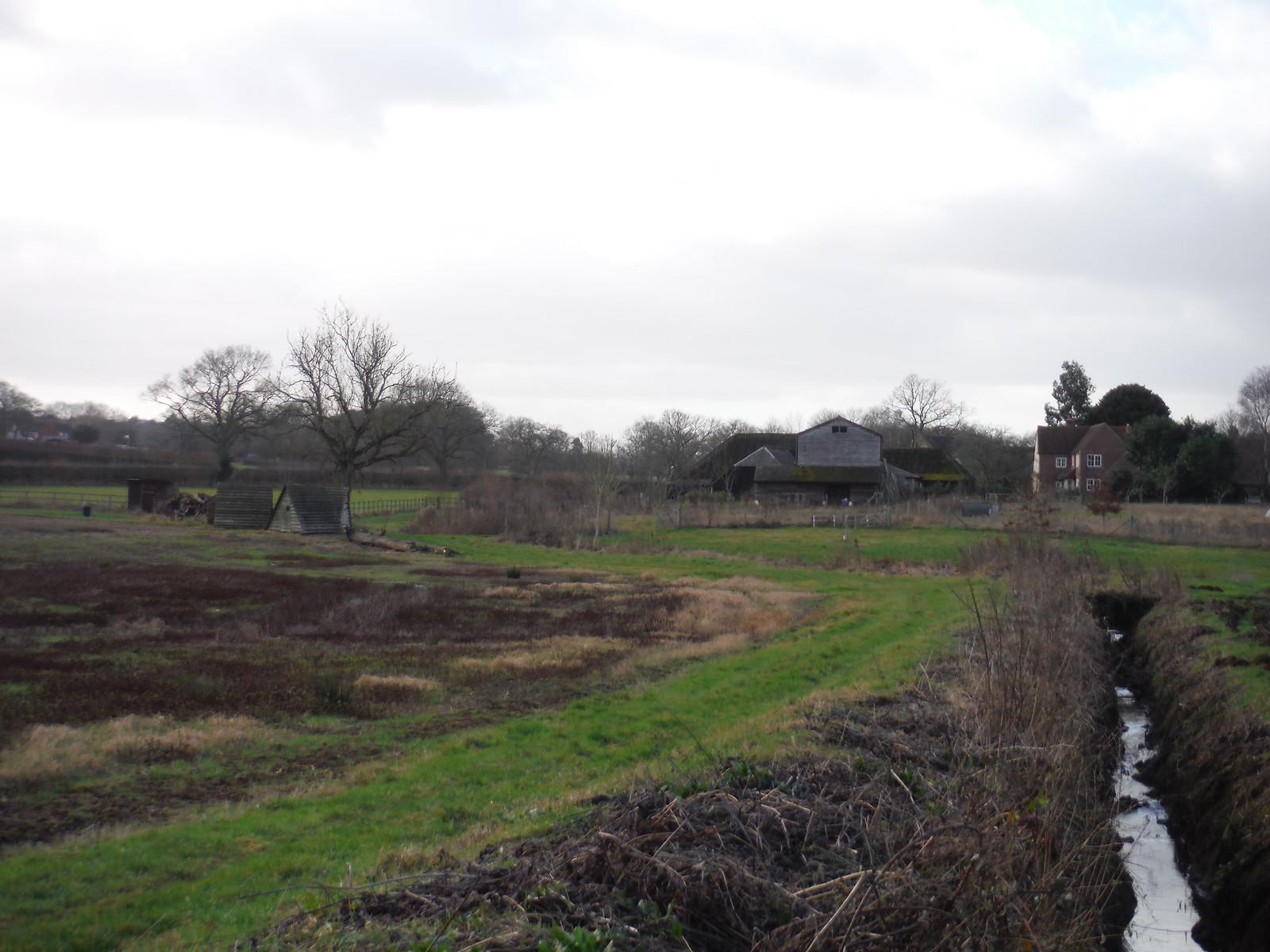 Farm with Luxury Pigsties (?) SWC Walk 34 Newbury Racecourse to Woolhampton (Midgham Station)