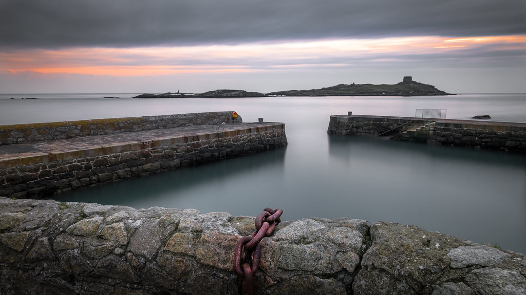 Sunrise in Dalkey, Dublin, Ireland picture