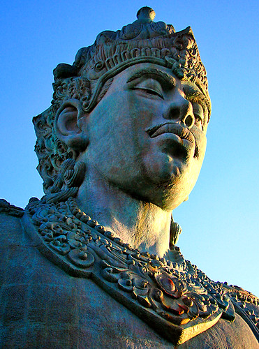 Visnu Statue
