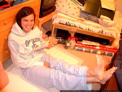 jen puts her feet up and takes a break   dscf3524