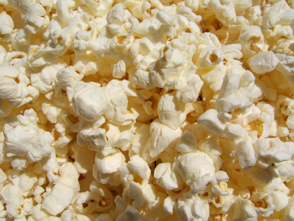 microwave popcorn regular (butter) flavor, made with palm oil, snacks