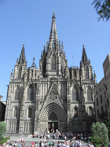 Gaudi Cathedral in Barcelona, Spain by D.F. Shapinsky (pingnews) by pingnews.com