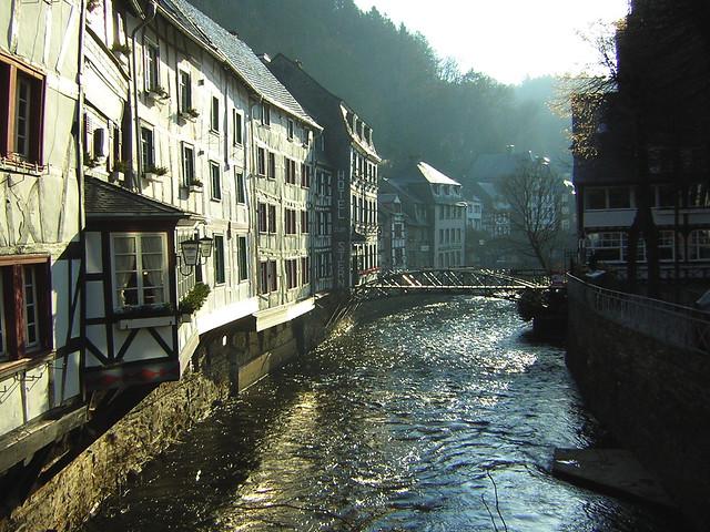 Monschaus riverside in the morningsun