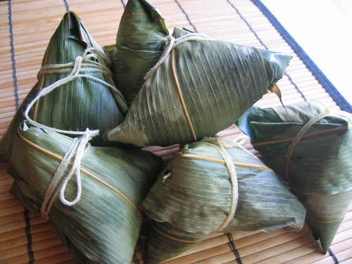 粽子 (Bamboo-leaf wrapped rice dumplings)2006