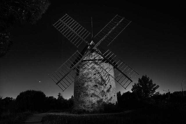 moulin B&W