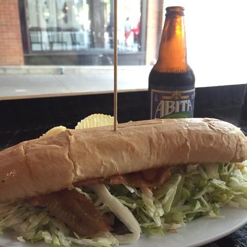 da levee cajun chicken sandwich