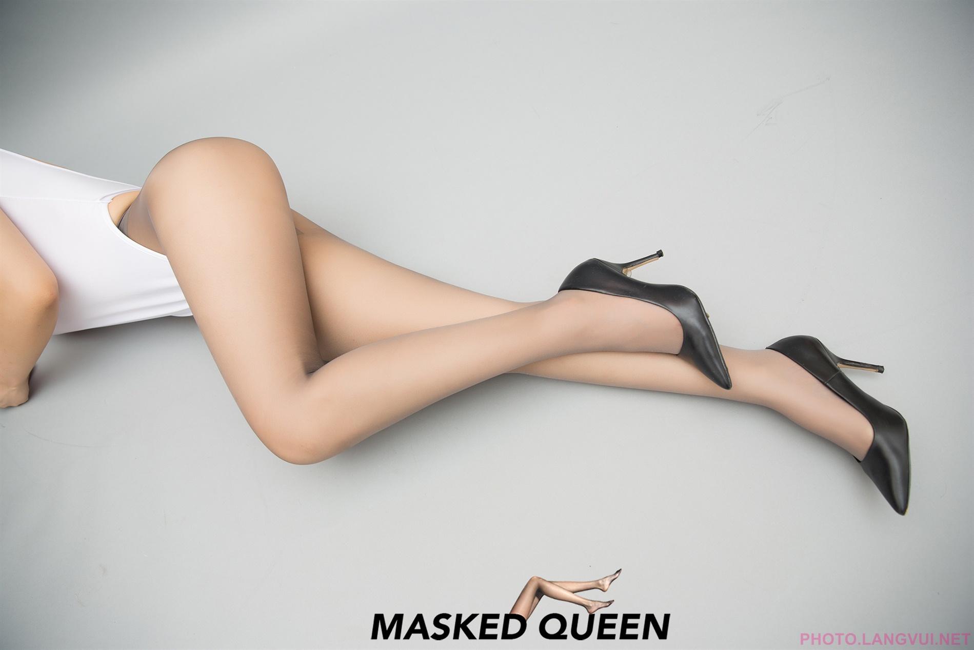 MASKED QUEEN No 023