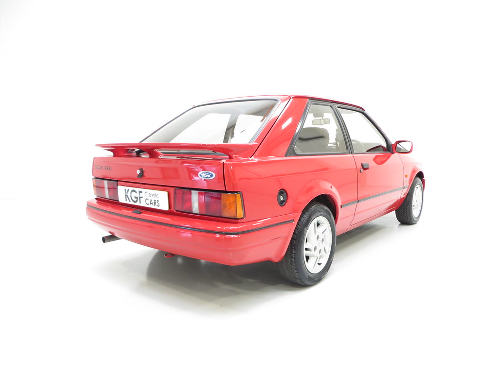 an original early ford escort xr3i mk4 pe1 sold retro rides. Black Bedroom Furniture Sets. Home Design Ideas