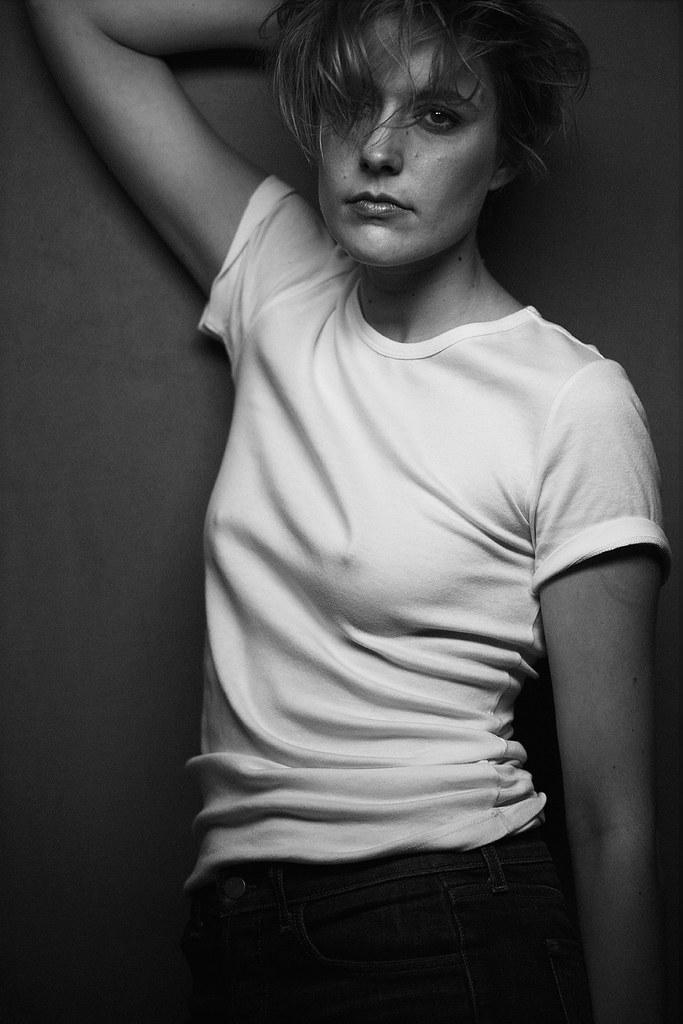 Грета Гервиг — Фотосессия для «W» 2016 – 1