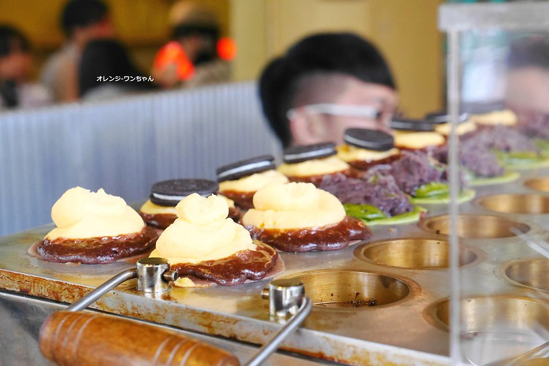 18989572315 d257d6a9a8 c - INO ICE 紅豆餅 霜淇淋專賣店│北區:限定電話預約取貨現烤紅豆餅~一保堂抹茶紅豆 米歇爾巧克力奶油再多加個OREO三種創意時尚新口味!單價有點貴貴DER!