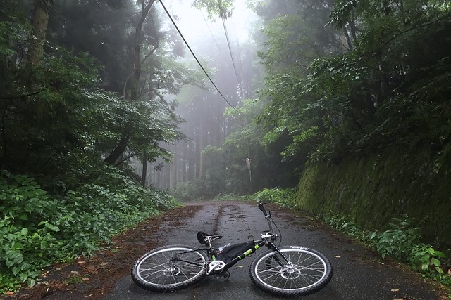 晴れるはずが、雨のドーナツライド(グランピーライド)。マウンテンバイクグループ&ロードバイクグループ