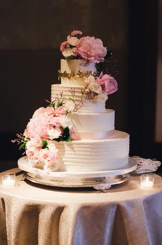 Peony Wedding Cake on juliettelaura.blogspot.com