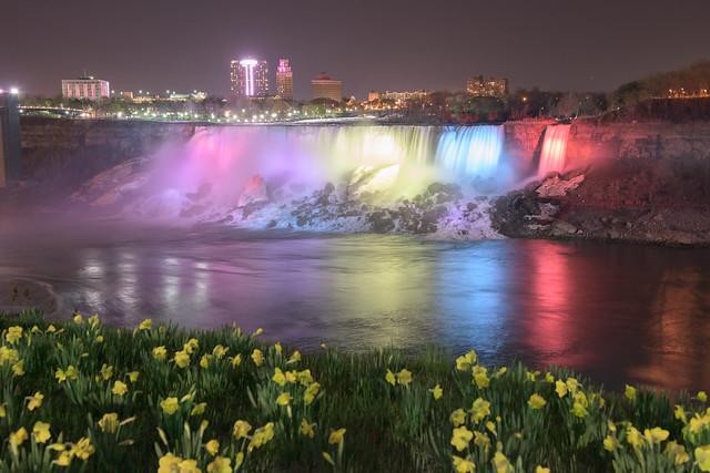 Brand!n - Illuminating The Falls