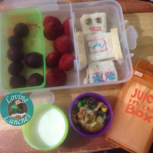 Loving Honey's @nudefoodmovers for tomorrow… beetroot, strawberries, @cutezcute robot sandwich, milky #juiceinthebox , @colesmag_team inspired stuffed potato and yoghurt 😄 #iloveSMASH #iloveNFM #colesmag