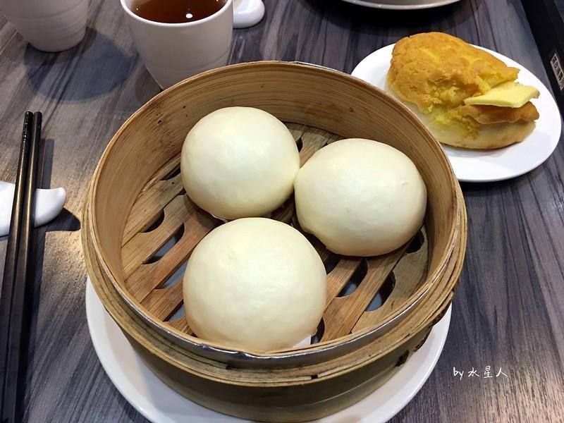 32737510102 bdd76433ca b - 寶達港式茶餐廳│由香港師傅掌廚,最推會爆漿的黃金流沙包、冰熱鹹甜的冰火菠蘿包
